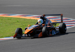 Cabrera se llevó las dos pole-positions